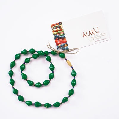 Dark Green Short Single Strand Necklace