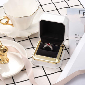 (H202)LED Jewelry Gift Box Ring Box Case Square Velvet Ring Container