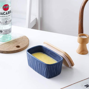 (X086)KOOV Porcelain Large Butter Dish with Lid, Airtight Butter Container with Oak Lid, Butter Crock, Perfect for 2 Sticks of Butter, Irregular Striped Series