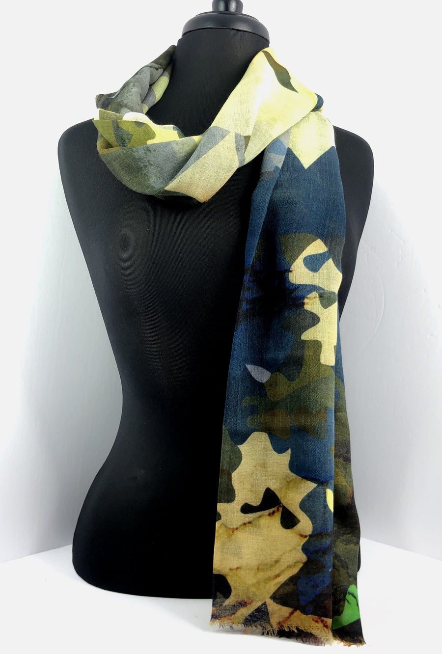 Jet-Set MS Scarf