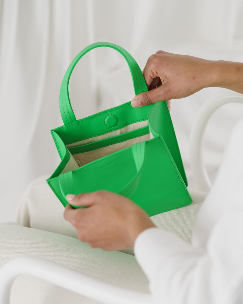 Small Leather Tote in Leaf