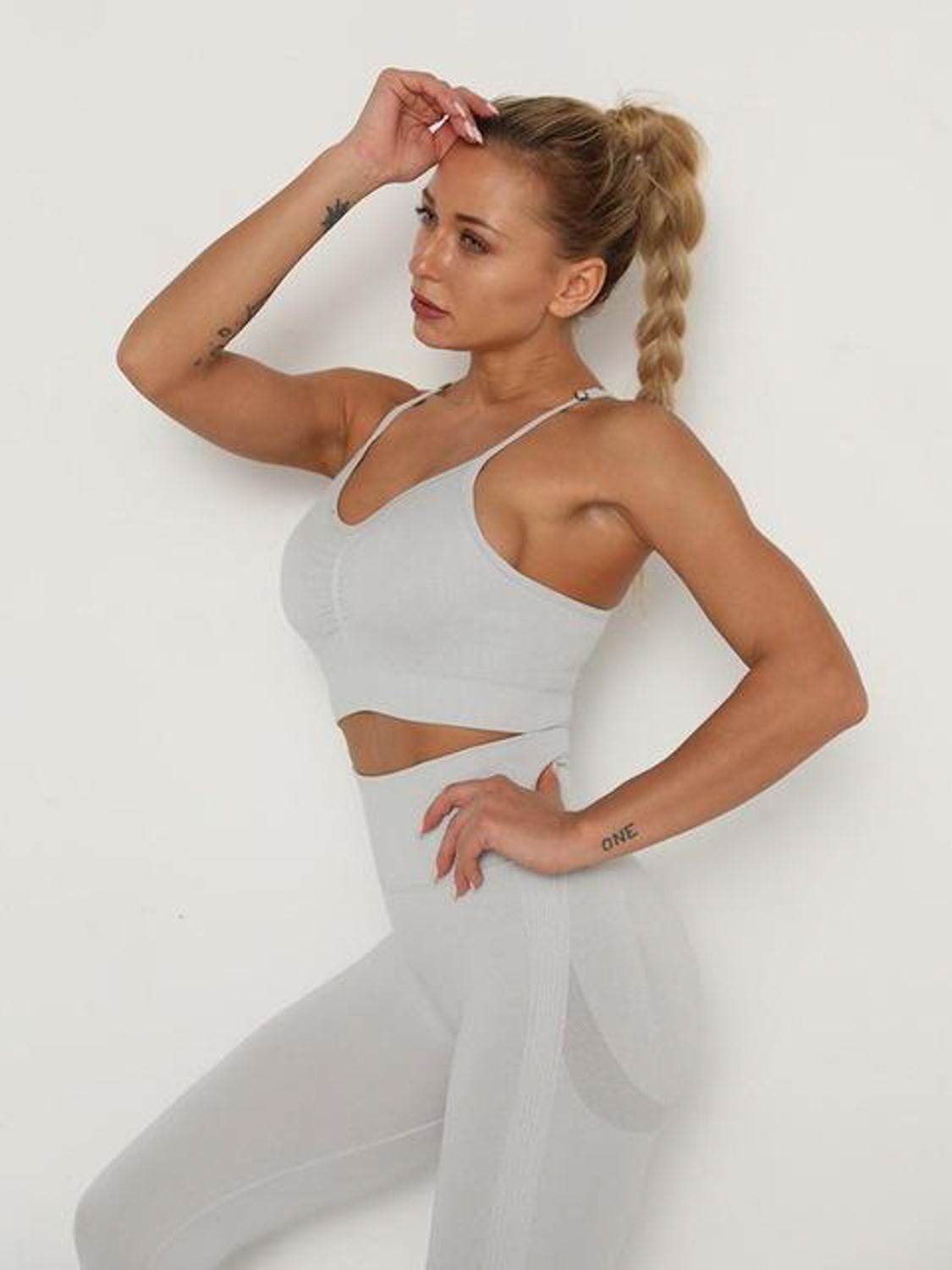 MOVI Pulse Sports Crop - Silver