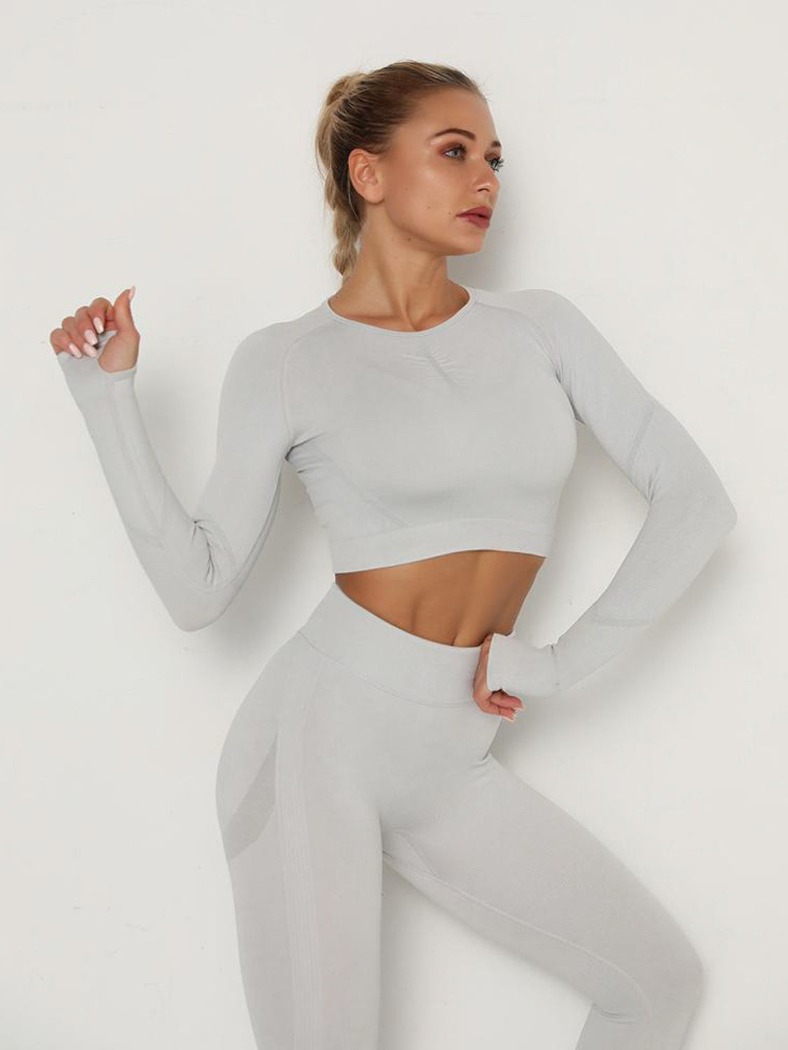 MOVI Pulse Contour Sleeved Crop - Silver