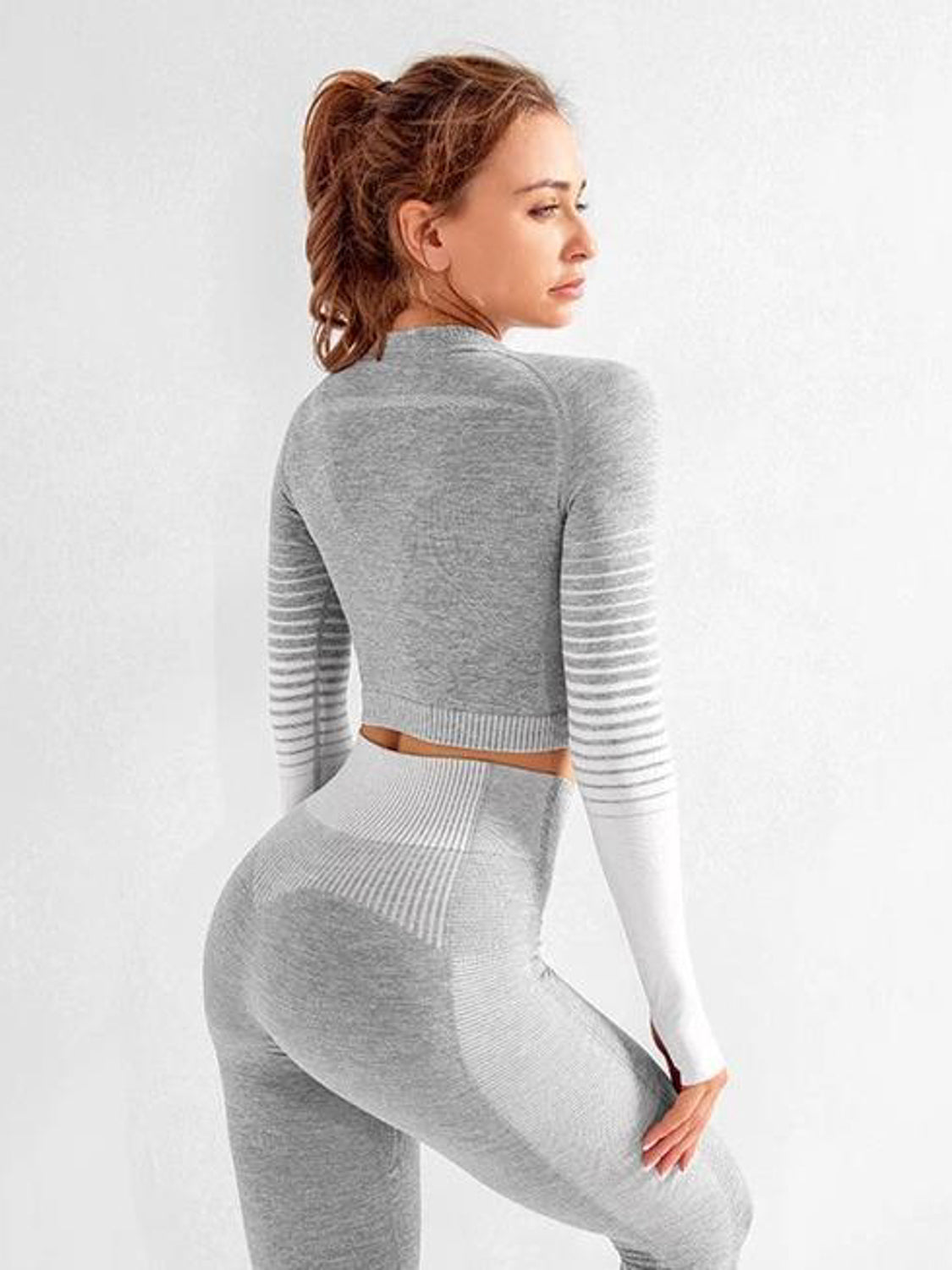 MOVI Rise Sleeved Crop - Grey/White