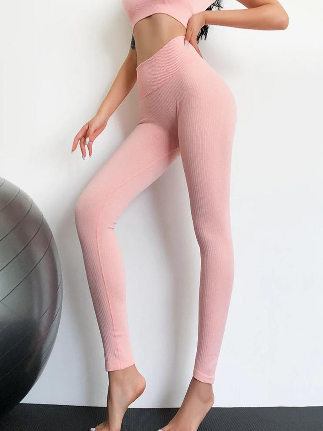MOVI Sculpt+ Ribbed Leggings (Baby Pink)
