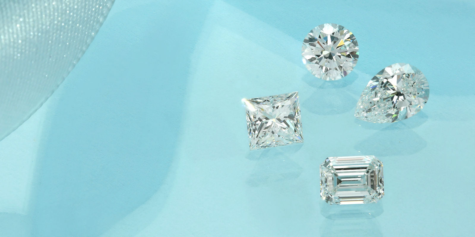 Princess cut, round brilliant cut, pear shaped & emerald cut lab grown diamonds