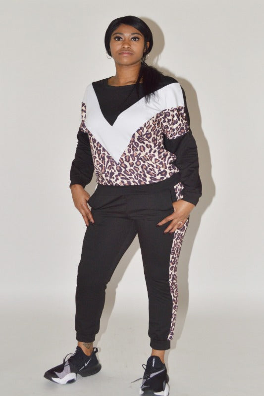 Run With Me Leopard Jogger Set
