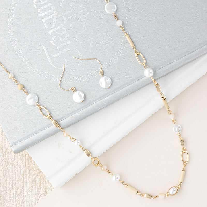 A Little Layer of Pearls Necklace and Earring Set