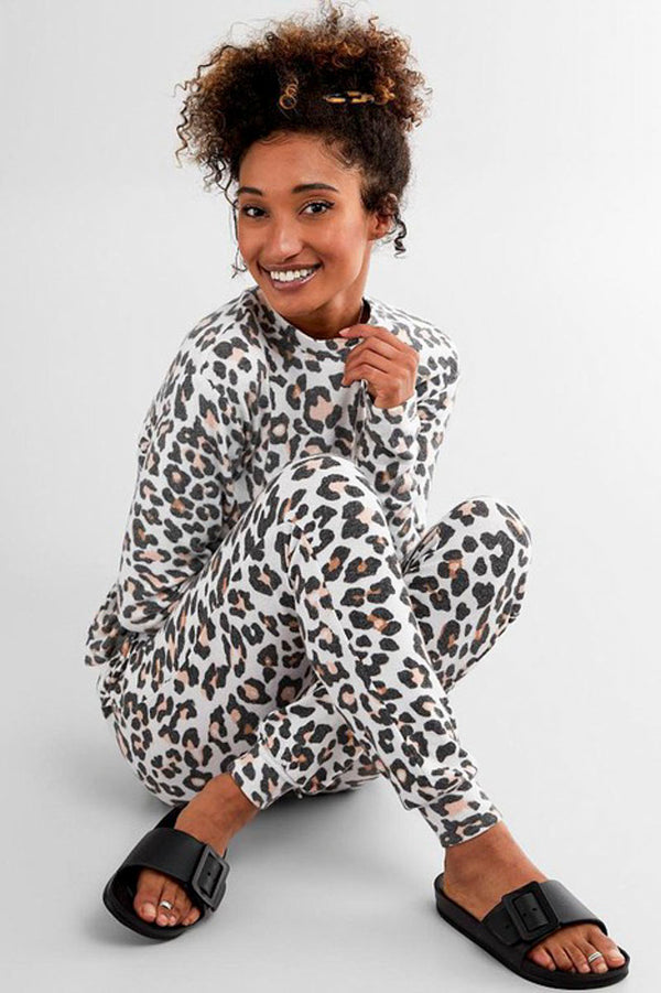 Lounging Around Set - Leopard Pajamas