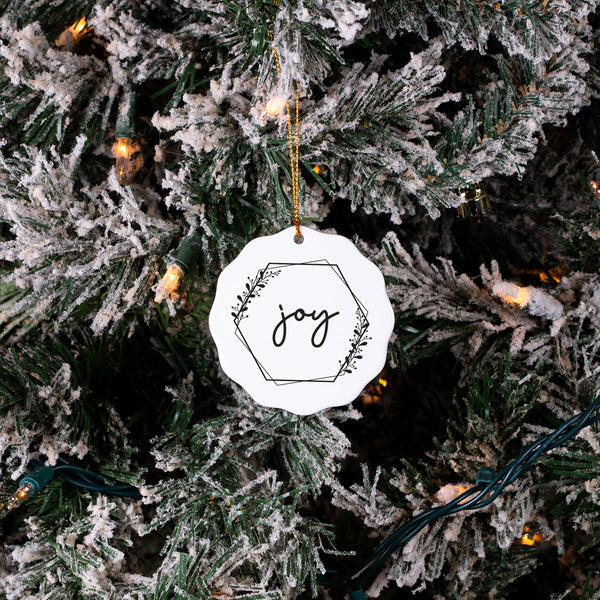 Joy Vine Ruffle - Christmas Ornament