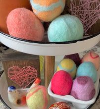 Load image into Gallery viewer, Wet Felting VIRUTAL Egg Workshop