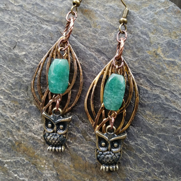 Green aventurine earrings with owls and leaves