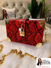 Load image into Gallery viewer, Snakeskin Pattern Box Shoulder Bag