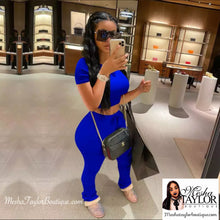 Load image into Gallery viewer, 2 Piece Crop Top Tracksuit set