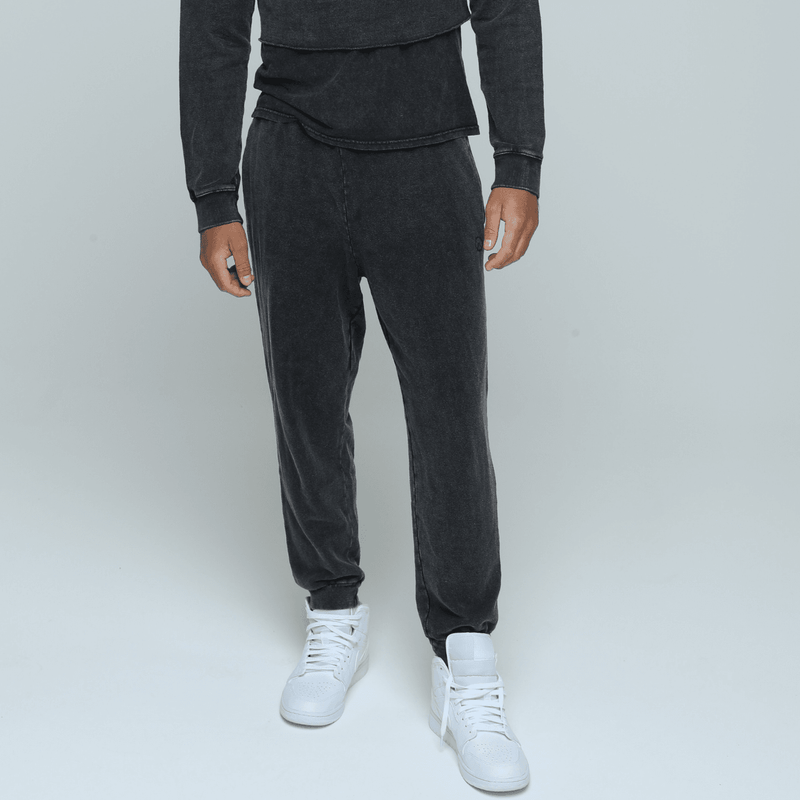 guy wearing comfortable and sustainable gender neutral Hemp jogger in vintage black