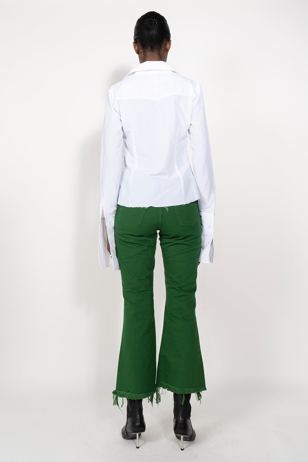 PRE-OWNED / GREEN CAPRI JEANS
