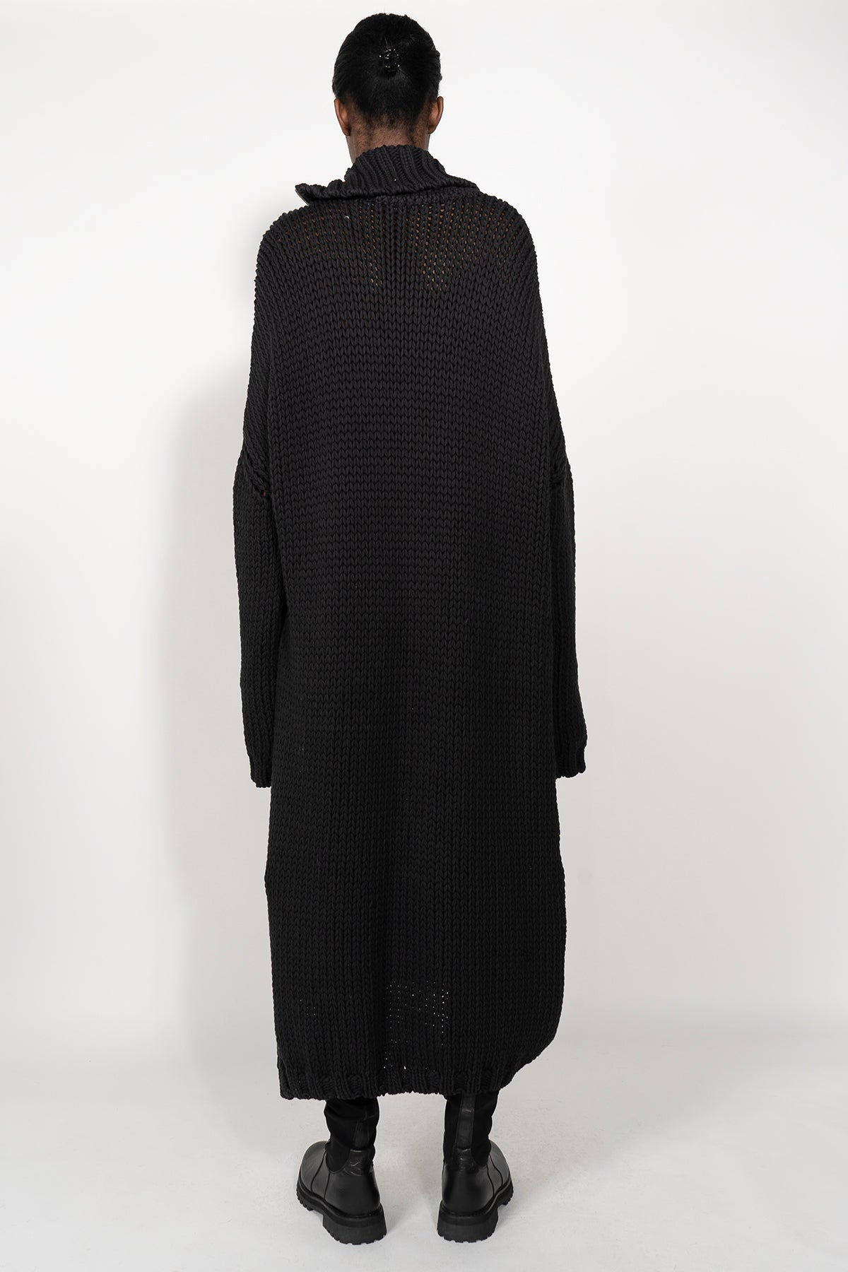 THICK WEIGHT KNIT IN BLACK