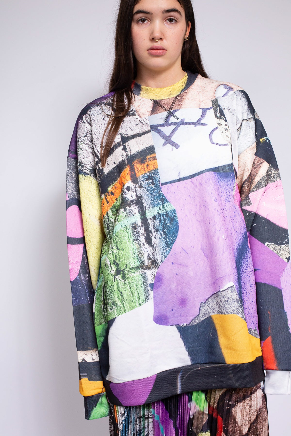 GRAFITTI PRINT FLEECE JUMPER