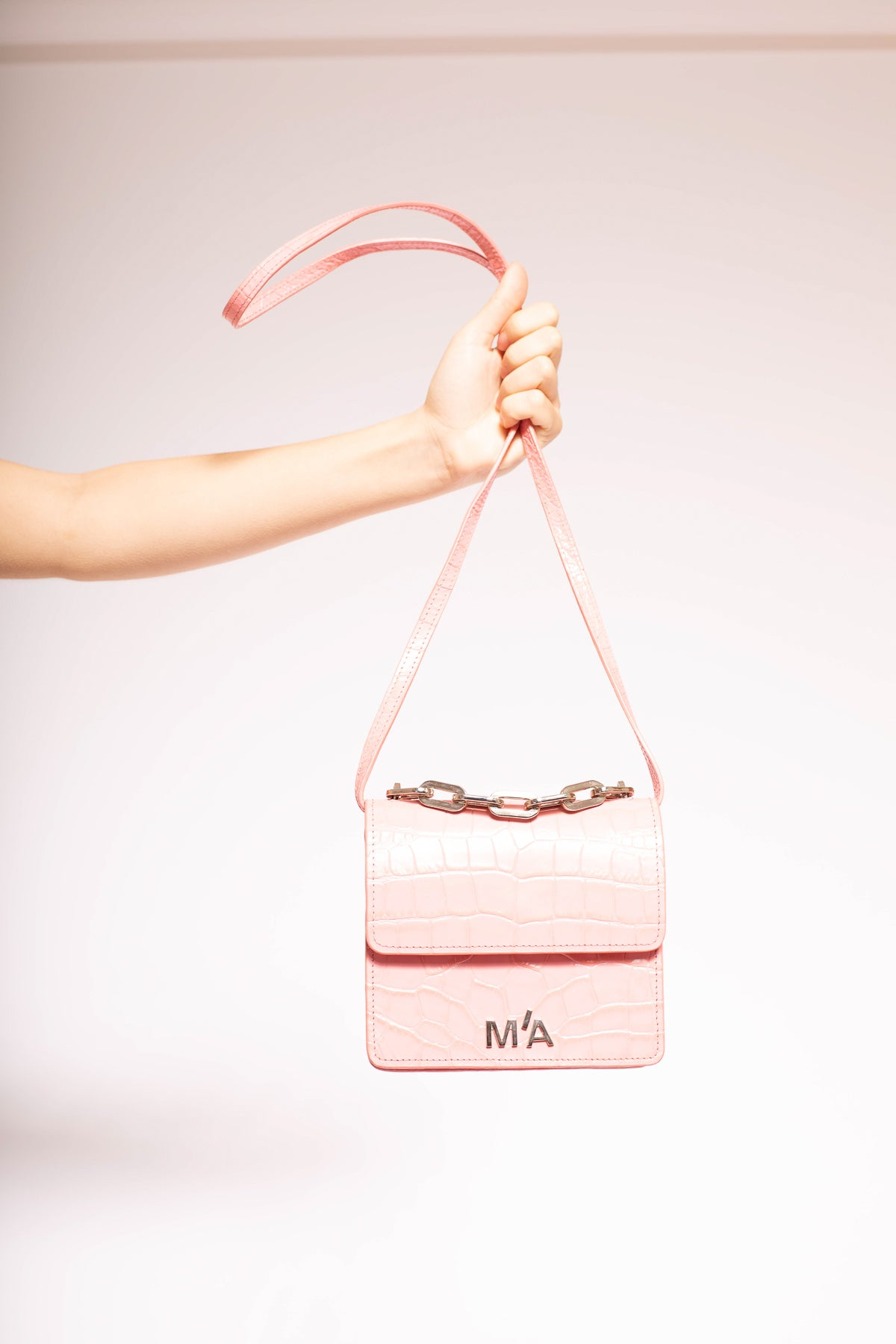 MINI CHAIN BAG IN PINK