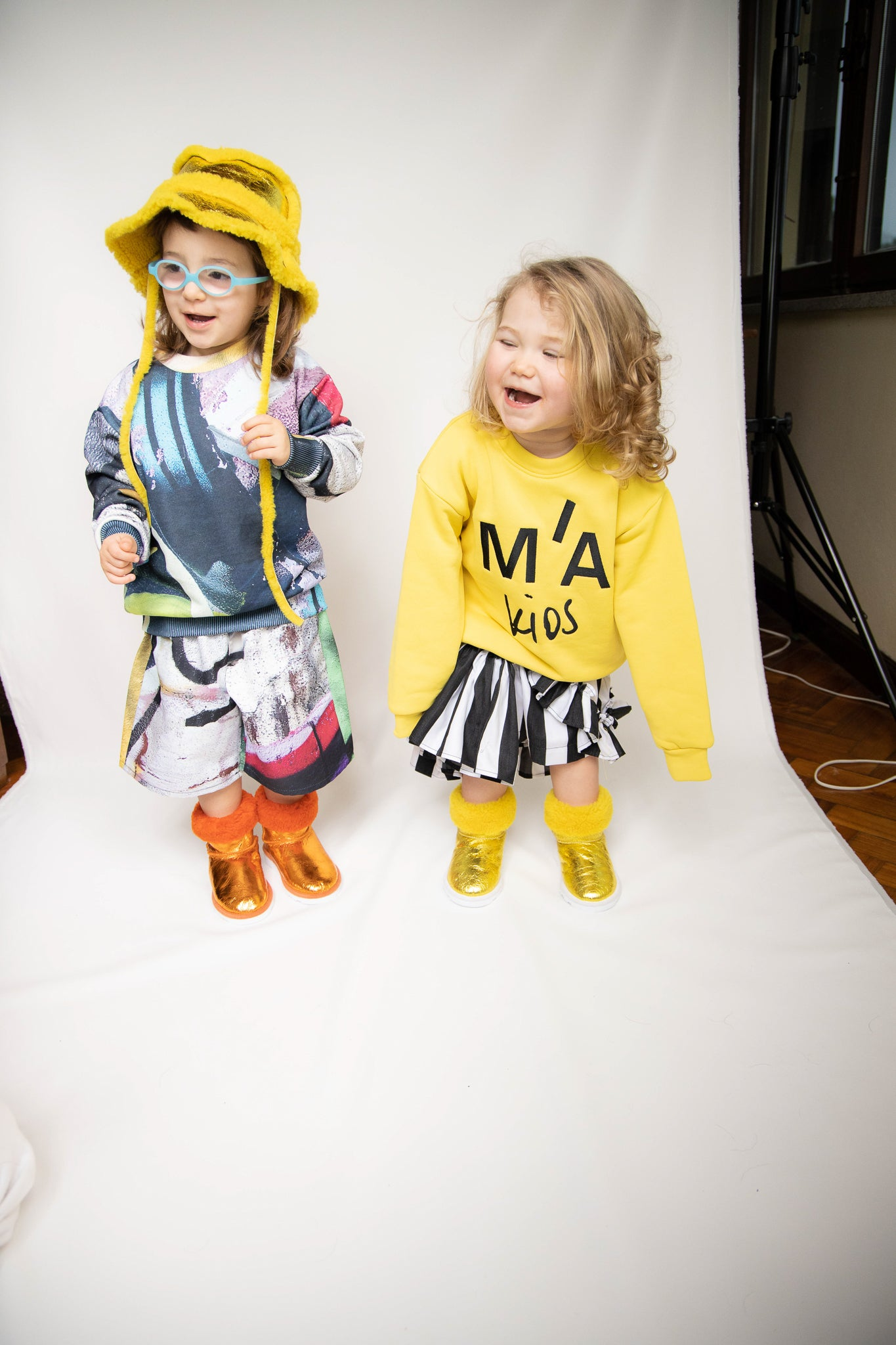 M'A KIDS EMBROIDERED CREW NECK IN YELLOW