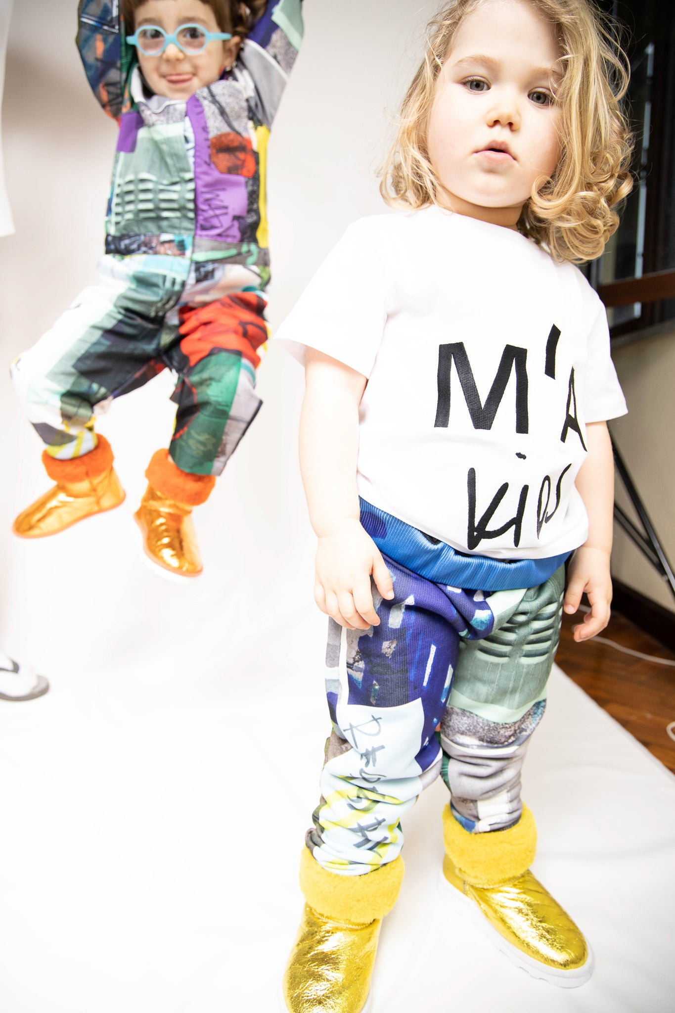 M'A KIDS FLEECE ELASTIC CUFF TROUSERS IN ECO PRINT