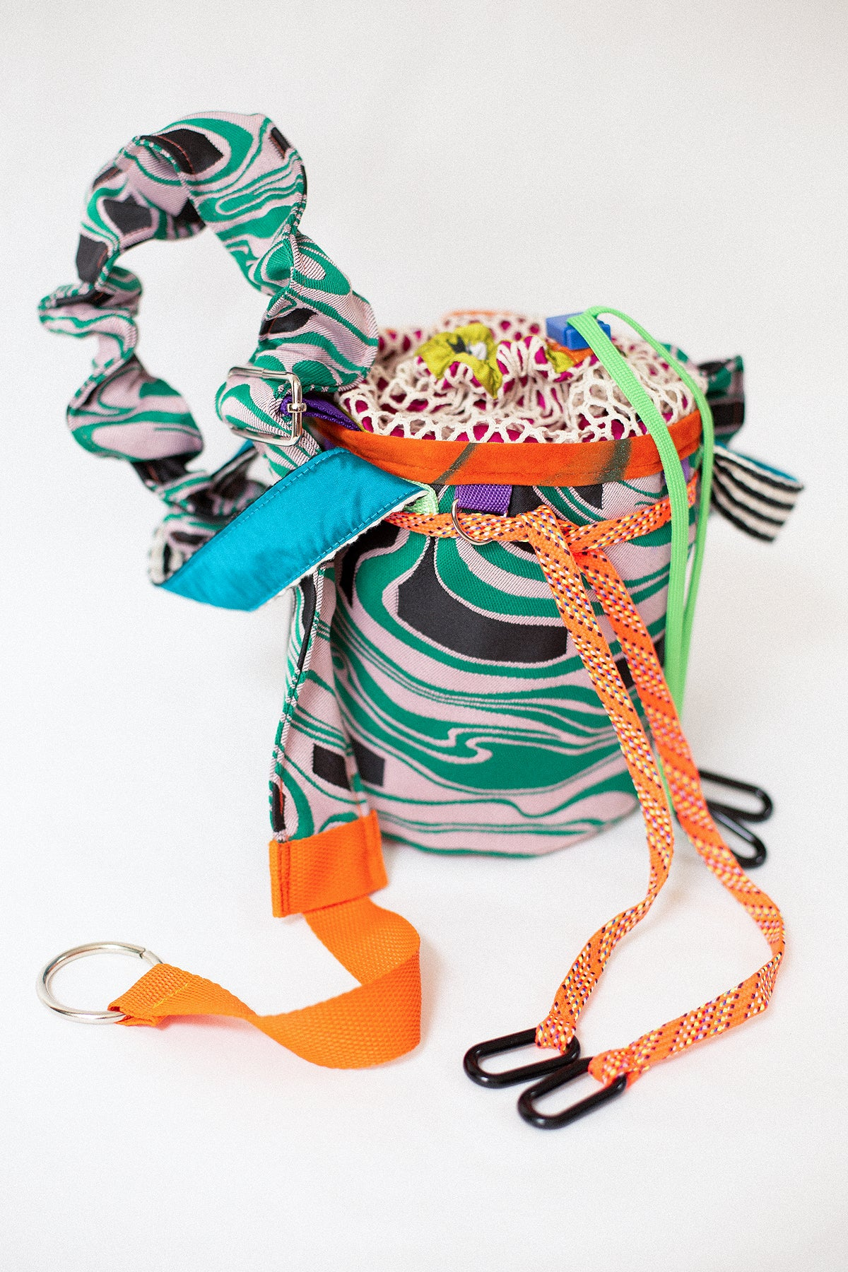 reM'Ade by MANA.TERRA - Green Lava Bucket Bag