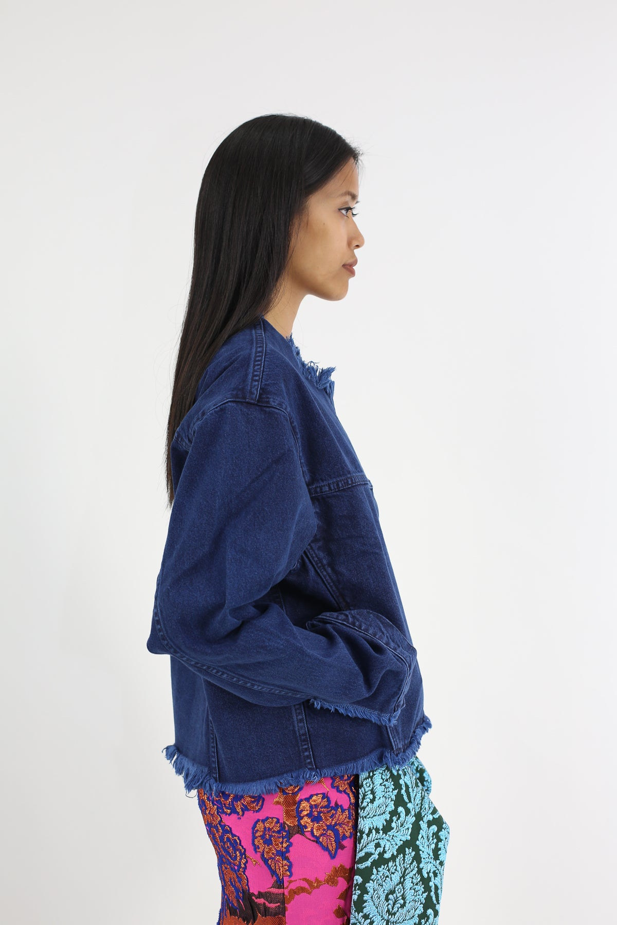 PRE-OWNED / COLLARLESS OVERSIZED DENIM JACKET
