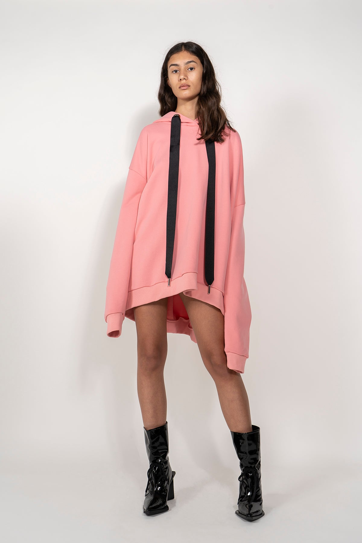 ASYMMETRIC HEM HOODIE WITH OPEN BACK