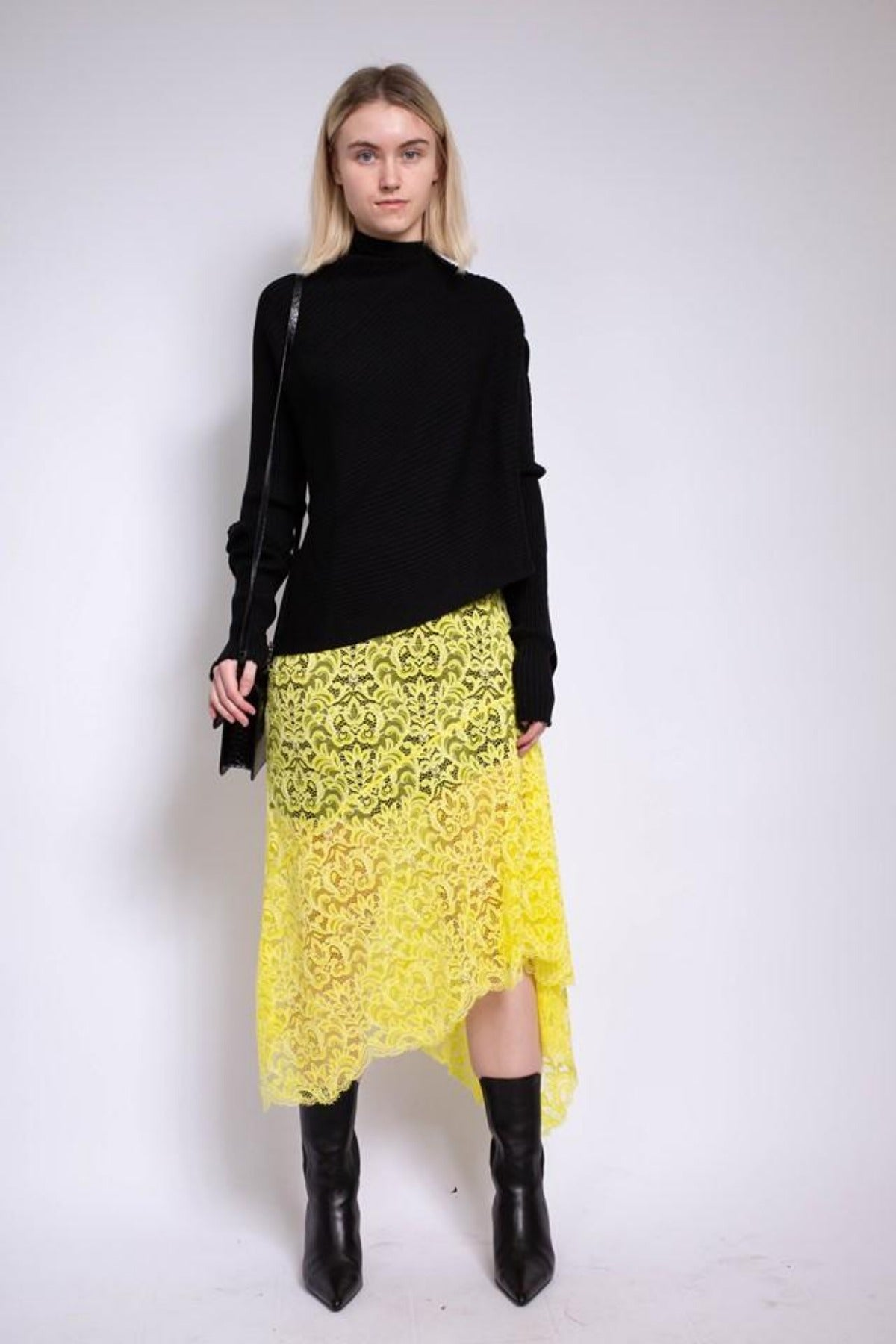 ASYMMETRIC LACE SKIRT IN YELLOW - marques-almeida