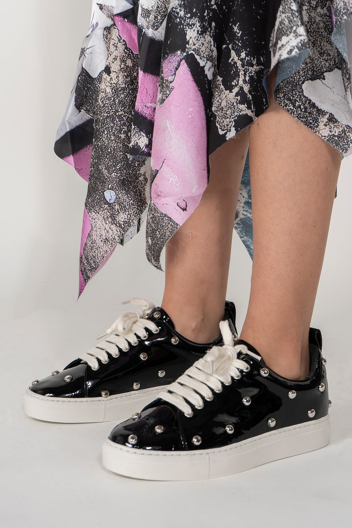 MARQUES ALMEIDA STUDDED PATENT LEATHER CLASSIC SNEAKER