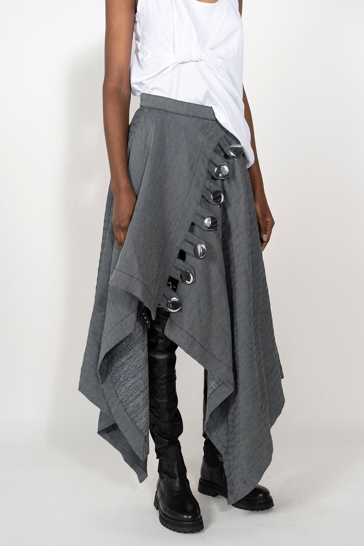 PRE-OWNED / RECTANGLE SKIRT WITH FRONT BUTTON