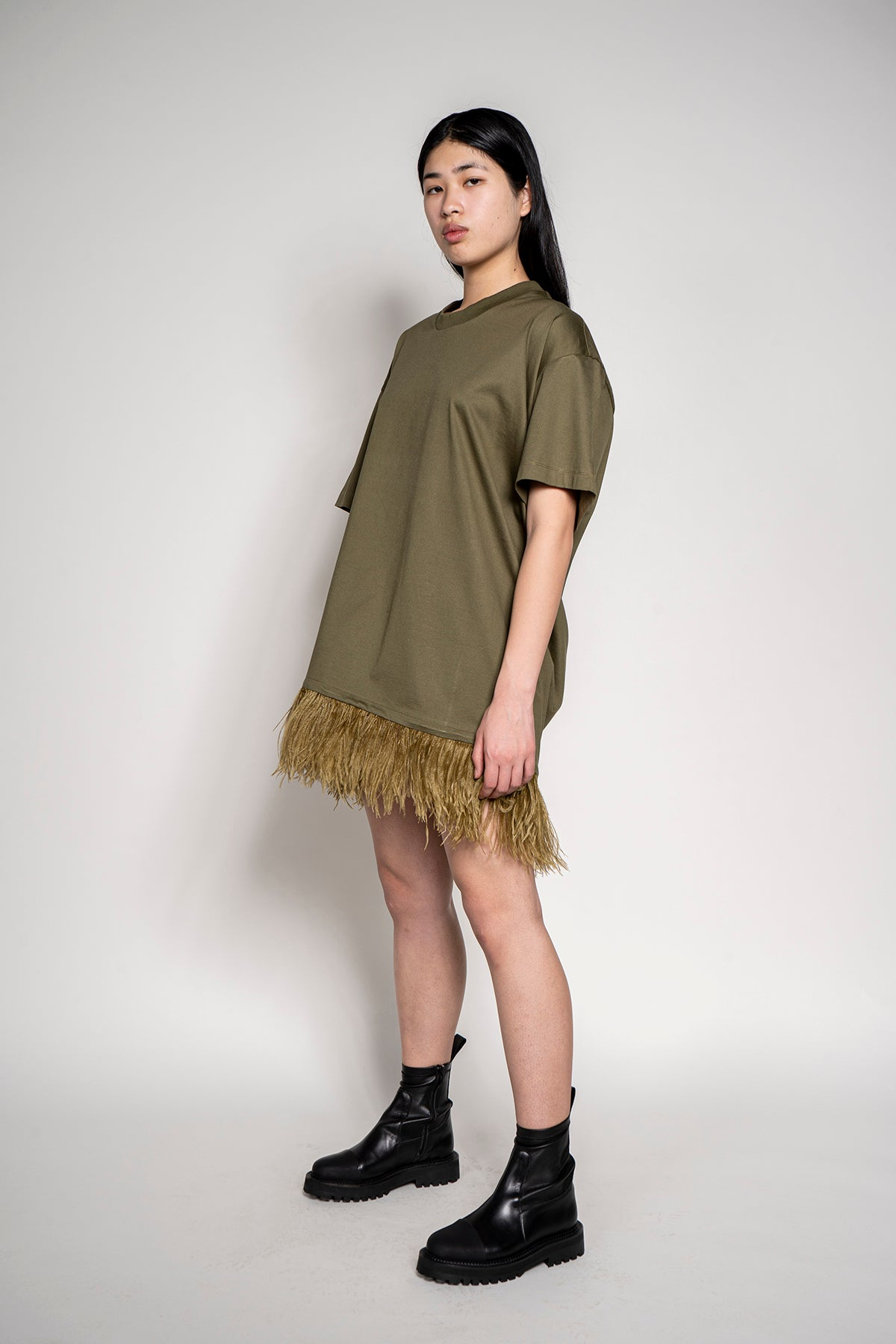FEATHER HEM TOP IN KHAKI