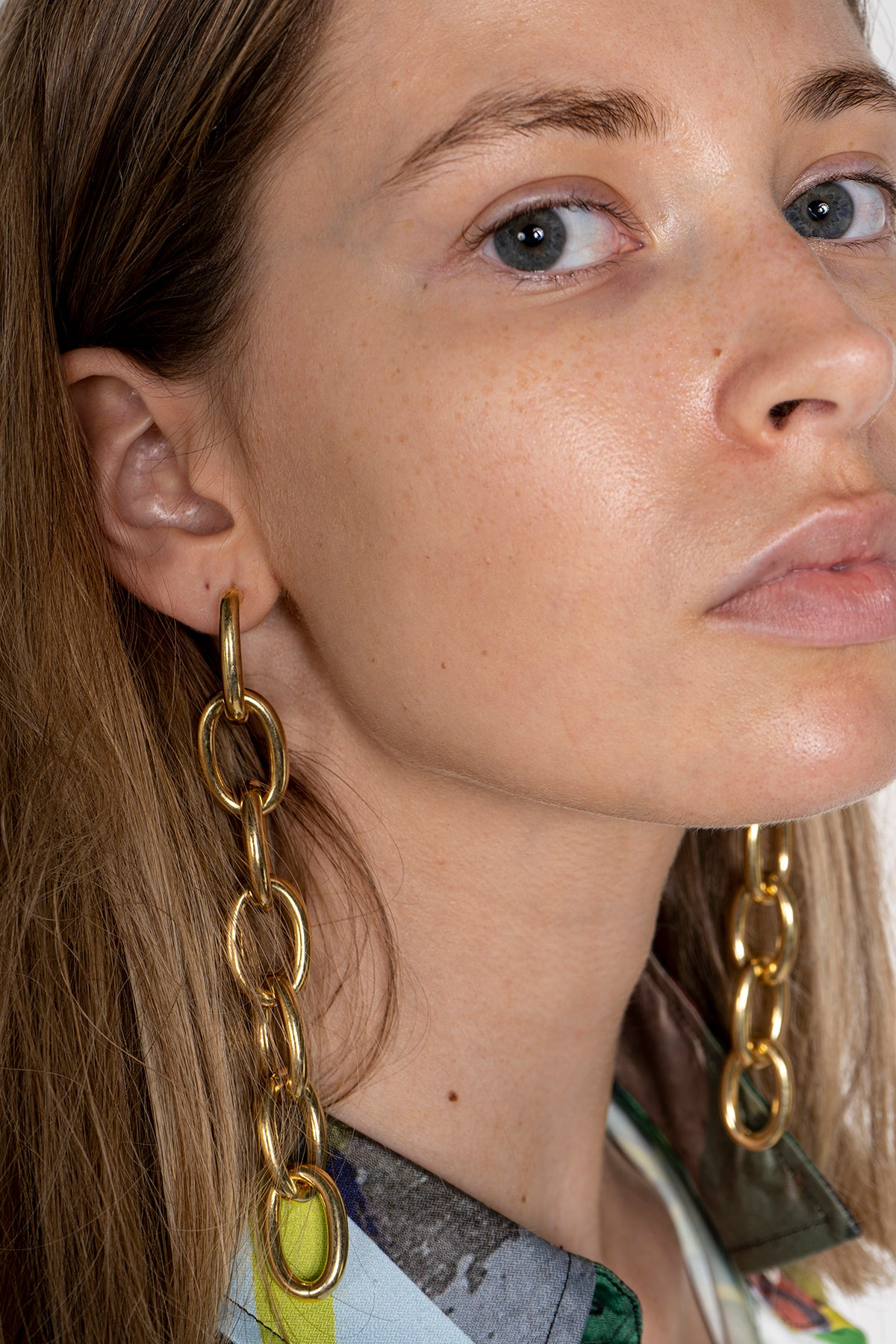 MARQUES ALMEIDA GOLD CHAIN EARRINGS