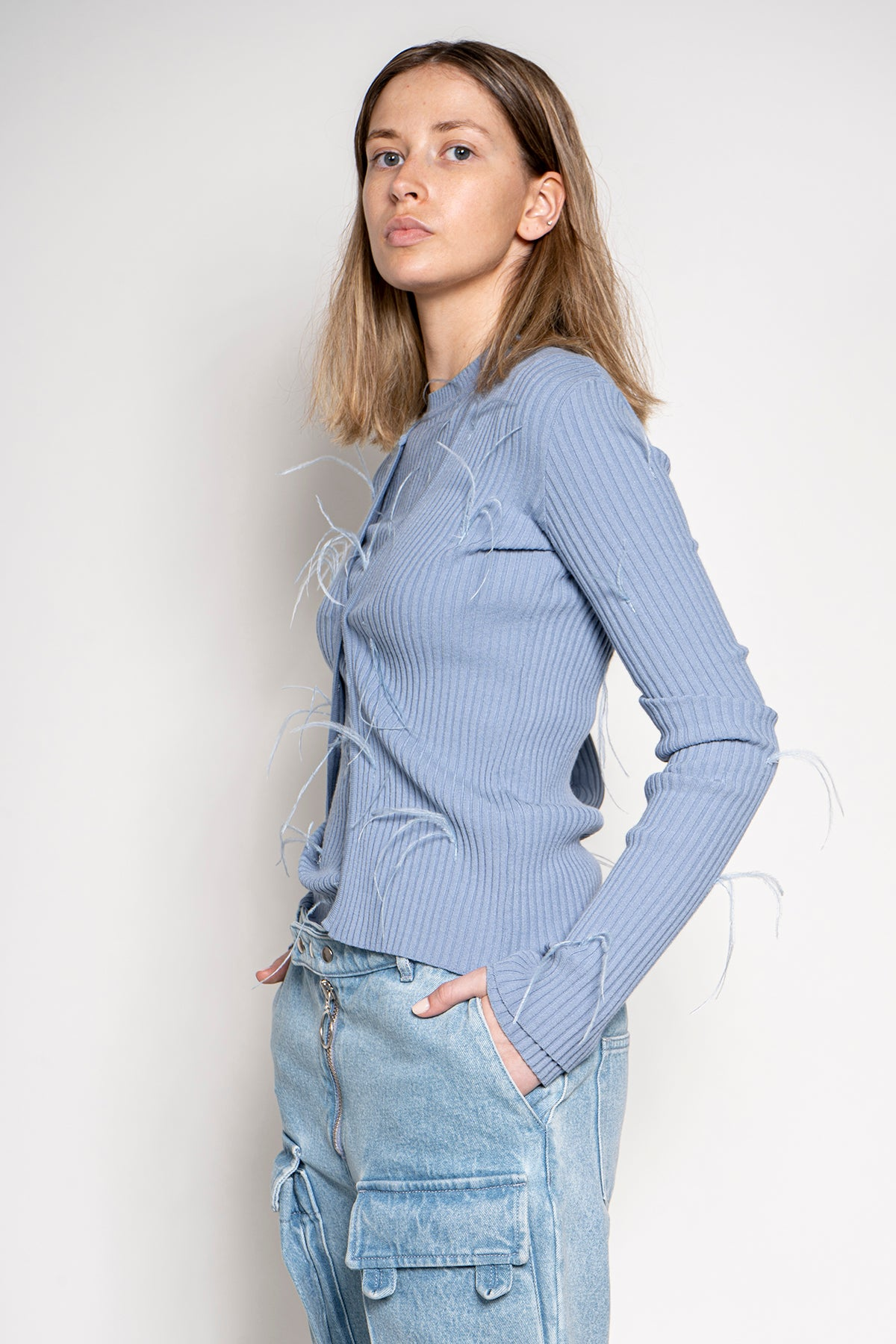 FITTED CARDIGAN IN BABY BLUE
