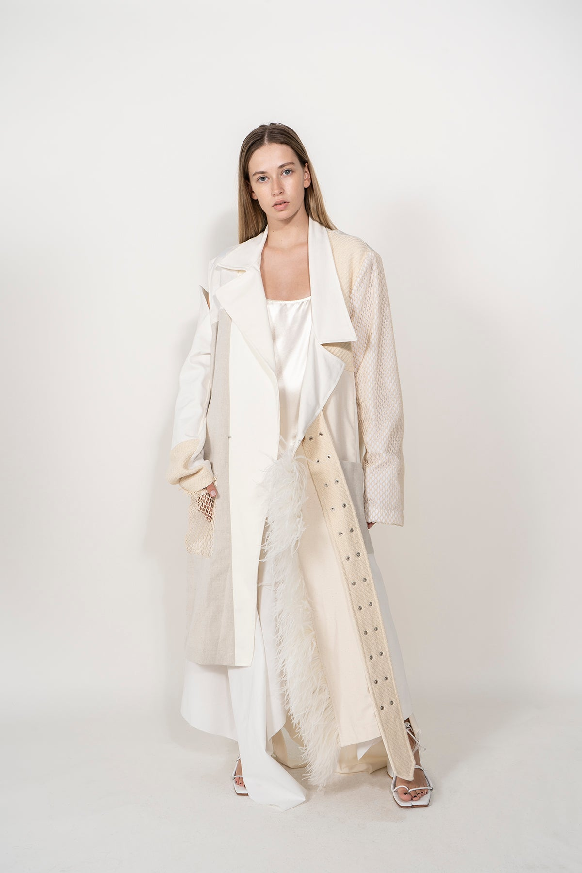LONG DECONSTRUCTED WHITE PATCHWORK COAT