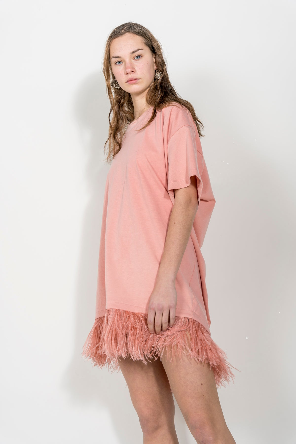 PINK FEATHER T-SHIRT