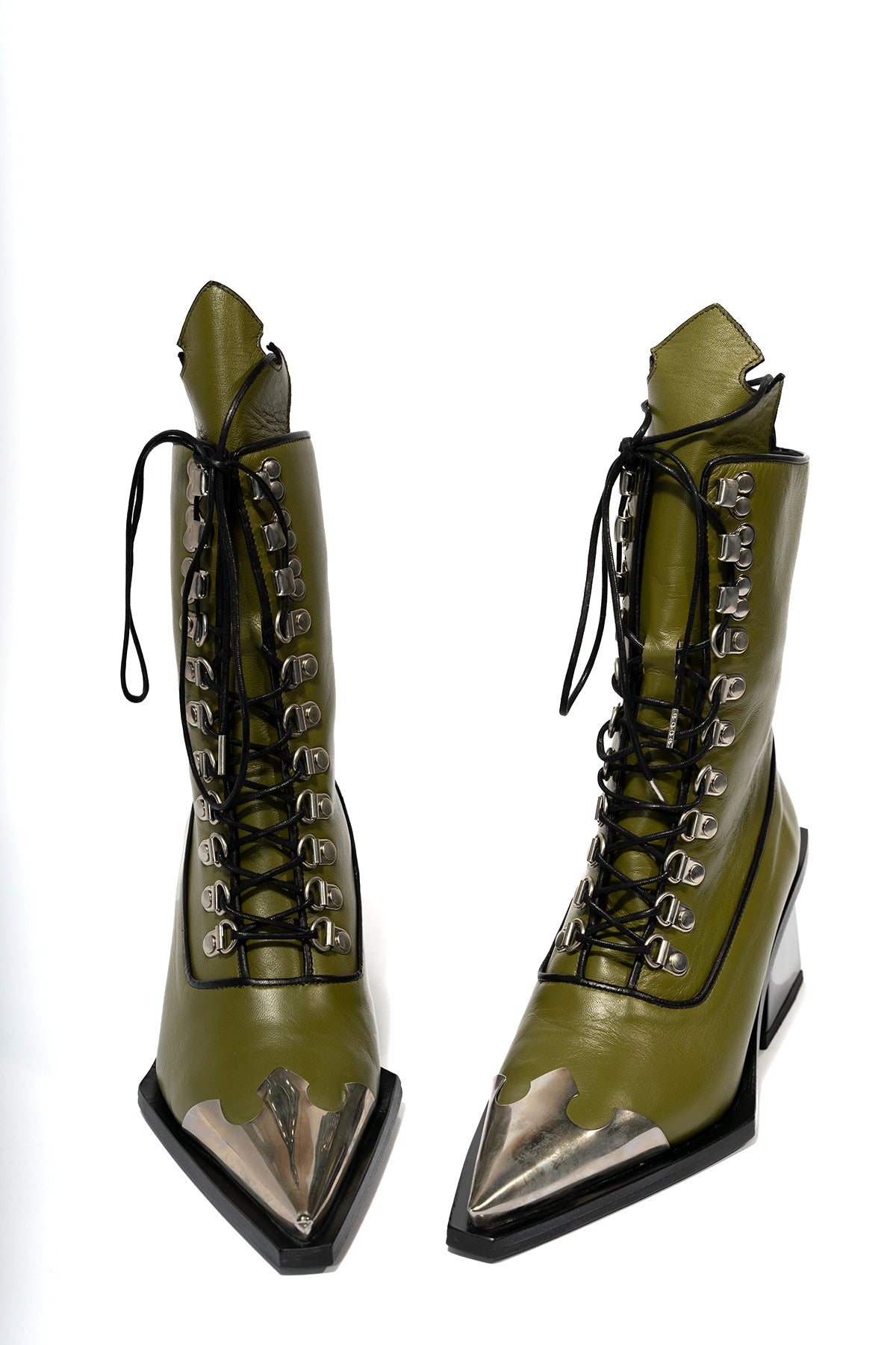 METAL TOE BOOT WITH M'A HEEL
