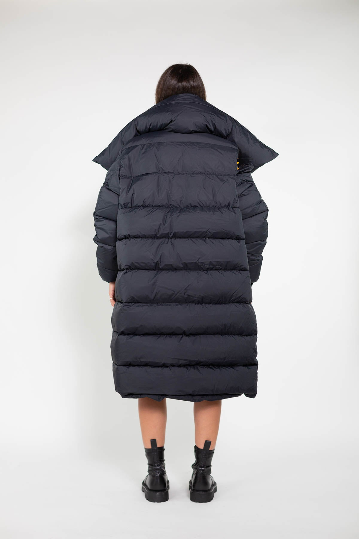 LONG M'A BLACK PUFFA JACKET