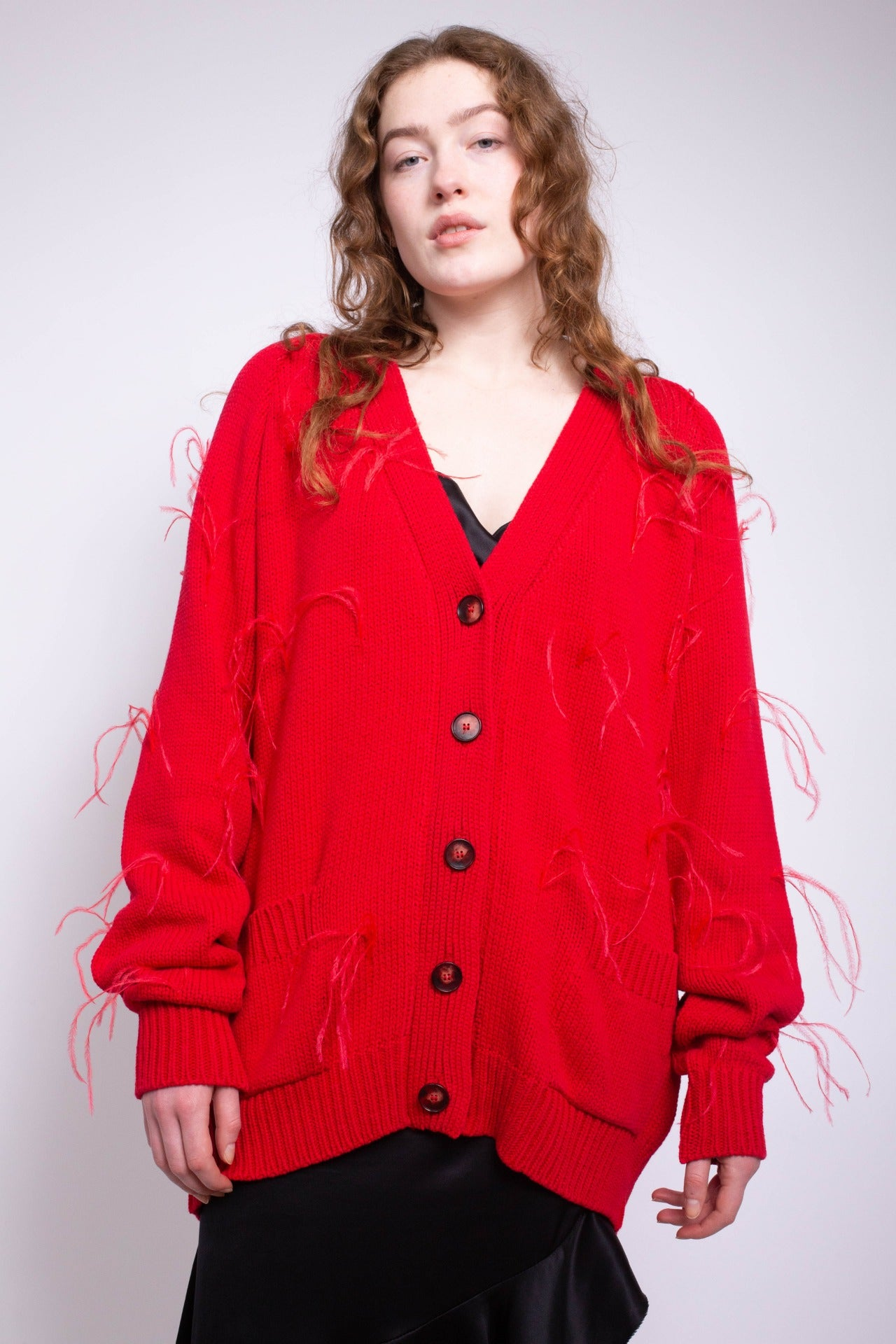 OVERSIZED CARDIGAN WITH FEATHER PULLS IN RED - marques-almeida-dev