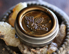 Aumbre Solid Perfume in Round Tin
