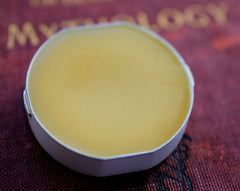 Vespertina Solid Natural Perfume in Round Compact