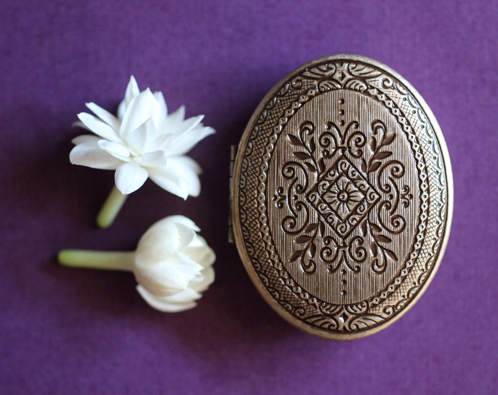Chiaroscuro Natural Solid Perfume Mini Compact