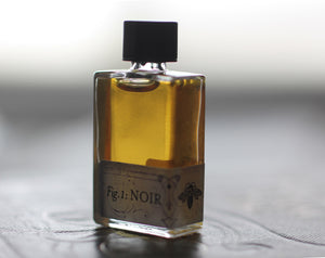 Figure 1: Noir Natural Perfume 4 grams in Classic Bottle