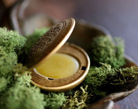 Hedera helix Solid Natural Perfume Mini Compact