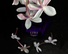 Load image into Gallery viewer, Lyra Botanical Perfume 4 grams