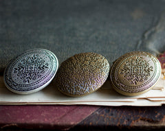 Impromptu Solid Natural Perfume in Silver Finished Mini Compact