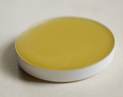 Q Solid Natural Perfume Refill Pan for Oval Compact
