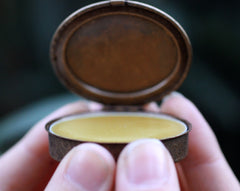 Page 47 Solid Natural Perfume Oval Compact