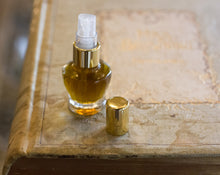 Load image into Gallery viewer, To Bee Eau de Parfum 4 grams, a botanical spray perfume