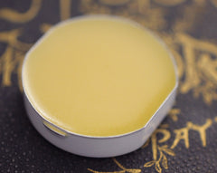 Q Solid Natural Perfume Refill Pan for Round Compact